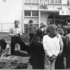 accueil-scolaires-place-des-halles-sept-1979-copie.jpg