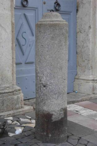 orvieto-casa-davanti-al-duomo-dsc736.jpg