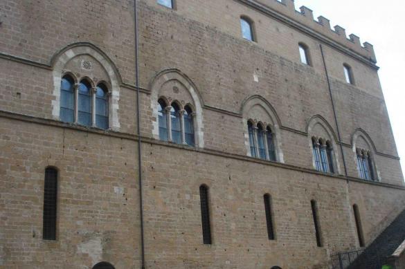 orvieto-faccia-laterale-museo-opera-duomo-dsc0719.jpg